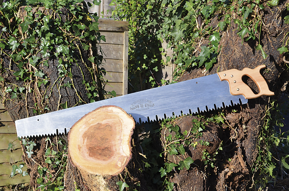 Best Saw For Cutting Tree branches– 8 Efficient tools